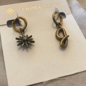 Kendra ScottCharm Huggie Earring